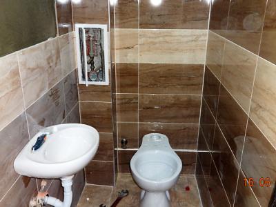Ремонт на баня - монтаж на тоалетна и мивка